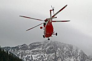 Lawina w Tatrach porwała dwie osoby. Jedna osoba poważnie ranna