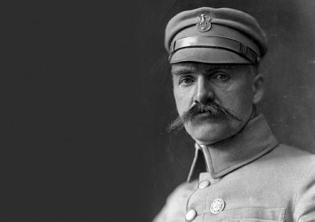 Znalezione obrazy dla zapytania piłsudski
