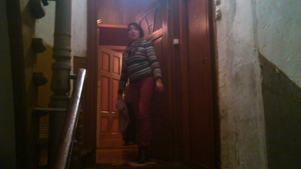 Zalane mieszkanie w kamienicy przy ul. Niegolewskich 14