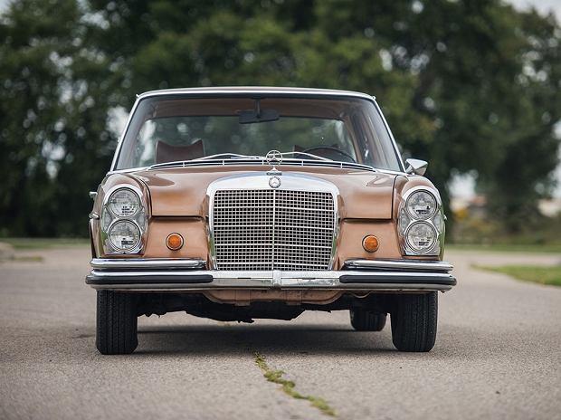 Aukcje | Mercedes 280 SE | Prawie pół wieku, minimalny przebieg