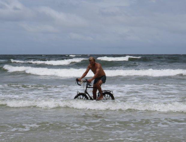 Zdjęcie numer 3 w galerii - Rowerem po Amazonce. Skok do Atlantyku!