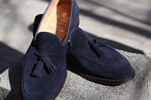 Męskie mokasyny - ponadczasowy model butów, które teraz możesz kupić taniej