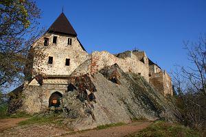 Czechy zamki - ruiny zamk�w Zebrak i Tocnik