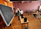 Najpierw reforma, potem zwolnienia. Samorządy będą pomagać nauczycielom znaleźć pracę