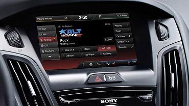 Ford Focus - system Ford Sync II oferuje możliwość zamówienia radia cyfrowego