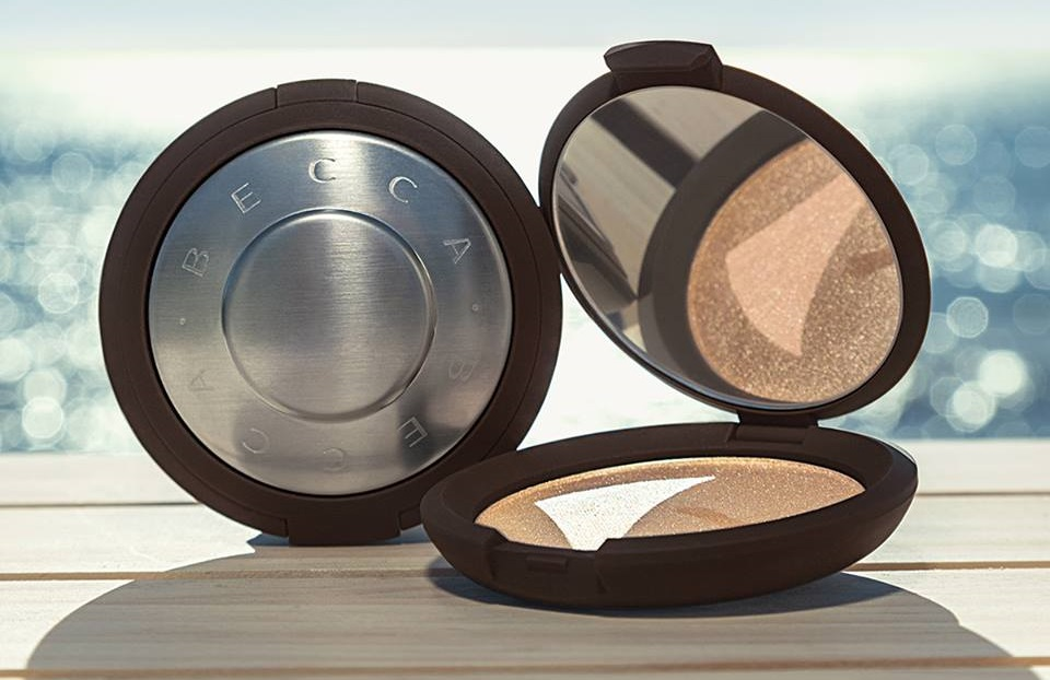 źródło: https://www.facebook.com/pg/BECCA.cosmetics.UK