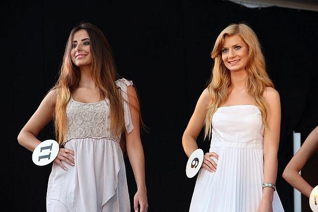 W ko�cu zacz�o si� lato. Publikujemy wi�c zdj�cia z konkurs�w Miss Lata 2012. Wybory odbywa�y si� w lipcu w Sopocie i �ebie.  Okaza�o si�, �e naj�adniejsze