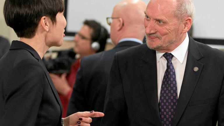 Szef MON Antoni Macierewicz z Ine Marie Eriksen Soreide, norweską minister obrony