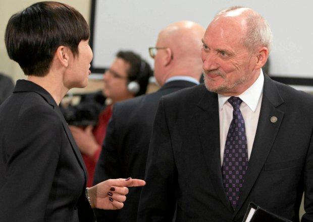Szef MON Antoni Macierewicz z Ine Marie Eriksen Soreide, norwesk� minister obrony