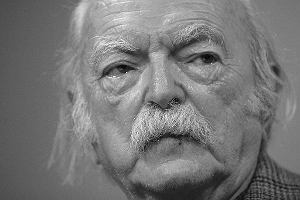 """Nie �yje Edmund Niziurski, autor """"Ksi�gi urwis�w"""" i """"Sposobu na Alcybiadesa"""". Mia� 88 lat"""