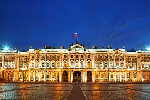 Petersburg. Pa�ac Zimowy i Ermita�