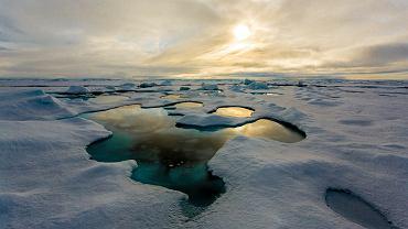 Bilder von der Polarstern-Expidition ARK XXVII-3 in die zentrale Arktis