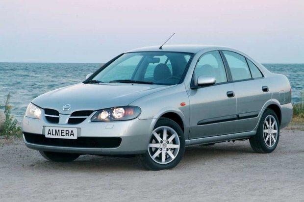 Nissan Almera II FL 4d