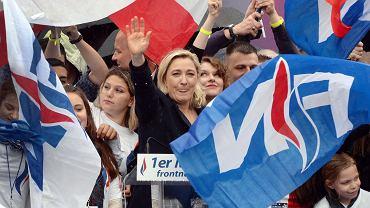 Marine le Pen, przewodnicząca Frontu Narodowego podczas wiecu w Paryżu