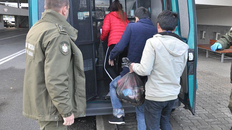 Wietnamczycy zatrzymani przez strażników granicznych z Korczowej