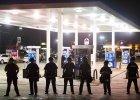 Zamieszki w Ferguson. Władze wprowadzają godzinę policyjną i Gwardię Narodową