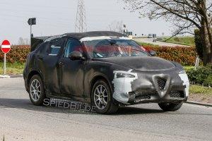 Prototypy | Alfa Romeo szykuje SUV-a