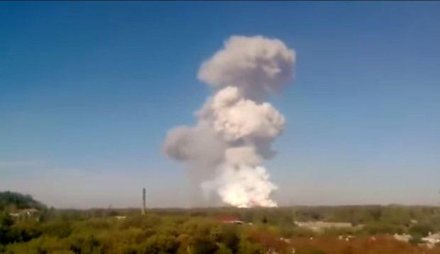 Ostrzał w Doniecku. Pożar magazynu trotylu w fabryce chemicznej