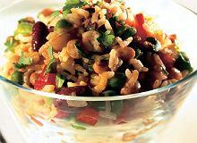 Sałatka ryżowo-fasolowa - ugotuj