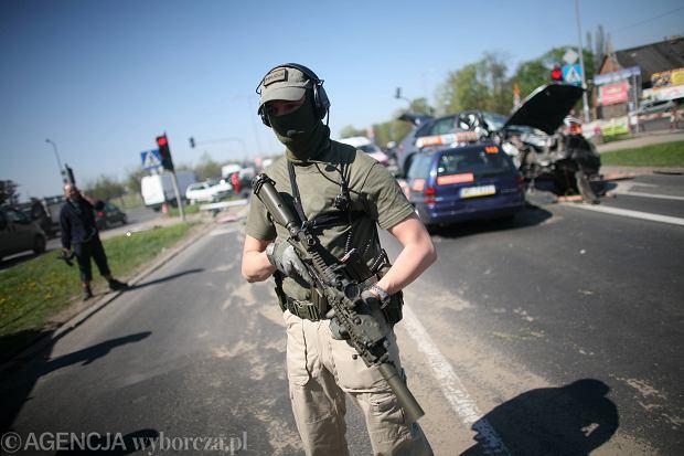 """Uderzenie CB�P w mafi� w Hiszpanii. Wpad�o 12 Polak�w powi�zanych z """"starym Pruszkowem"""""""