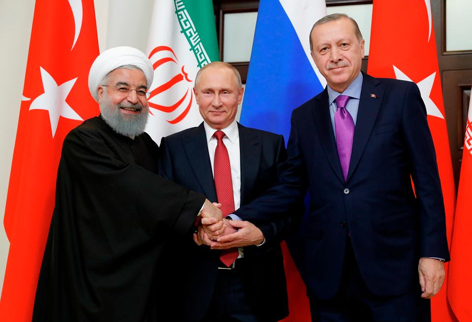 Prezydent Iranu Hassan Rouhani, Rosji Władimir Putin i Turcji Recep Tayyip Erdogan
