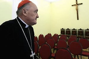 Kardyna� Nycz wzywa rektora ko�cio�a si�str wizytek. Za s�owa ksi�dza na mszy w intencji Komorowskiego