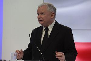 Kaczy�ski: Jad� do Kijowa. Sikorski: Ile polskich miliard�w PiS chce wpompowa� w skorumpowan� gospodark� Ukrainy