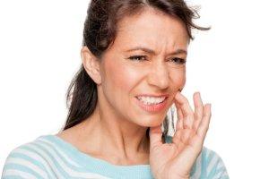 Wybielasz zęby? Uważaj na ich ODWODNIENIE