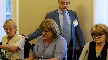 Posłanka Anna Grodzka i prof. Zbigniew Lew-Starowicz podczas posiedzenia połączonych sejmowych komisji: Zdrowia i Sprawiedliwości oraz Praw Człowieka nad wetem prezydenta