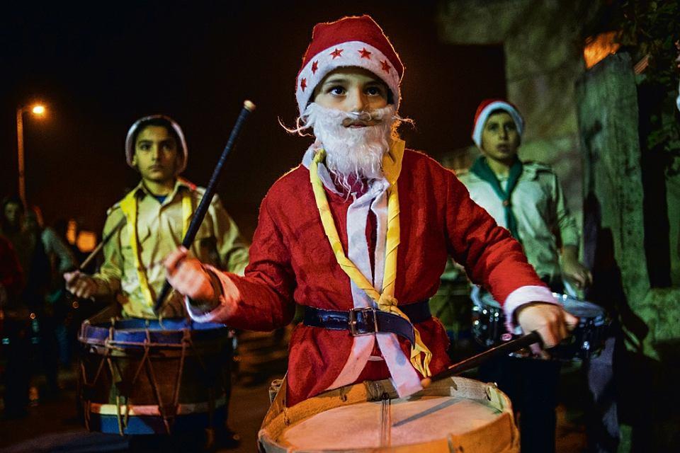 Bożonarodzeniowa parada. Damaszek, 24 grudnia 2015 r.