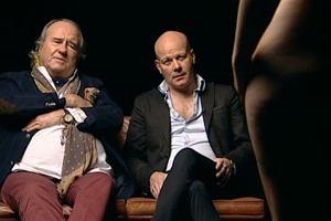 Gwiazdor X-Factora, kanapa i naga kobieta - oto najbardziej seksistowski program na �wiecie