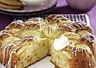 Puszysty jabłecznik z ciasteczkami McVitie's i bitą śmietaną