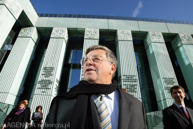 Lew Rywin skazany za lewe za�wiadczenia lekarskie