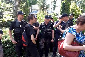 Komornik chciał wywieźć rzeczy zadłużonych mieszkanek ul. Wołczyńskiej. Interweniowali działacze Wielkopolskiego Stowarzyszenia Lokatorów