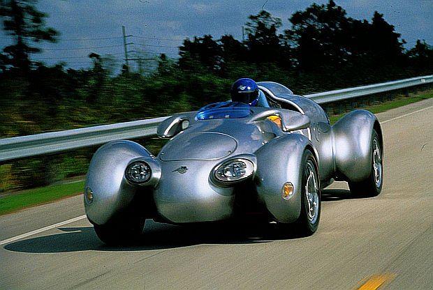 Auto waży jedyne  1050 kg