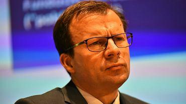 Wiceminister rozwoju Marcin Zieleniecki podczas konferencji prasowej dot. przyszlosci emerytur i OFE. Warszawa, 4 lipca 2016