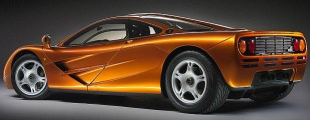 Pierwszy egzemplarz przekazany był klientowi w Monaco w 1993 roku. Auto kosztowało 1 500 000 marek