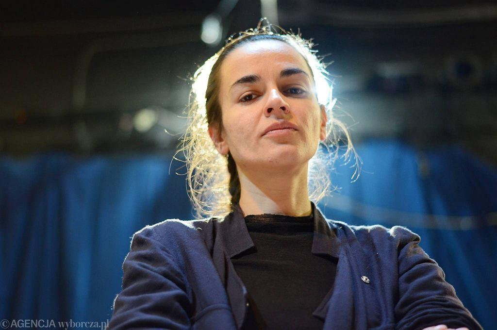 Katarzyna Kalwat / Katarzyna Kalwat, reżyserka spektaklu 'Holzwege' w TR Warszawa/FOT. FRANCISZEK MAZUR