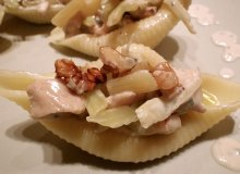 Conchiglioni z kurczakiem w sosie ple�niowym z dodatkiem orzechowego aromatu - ugotuj