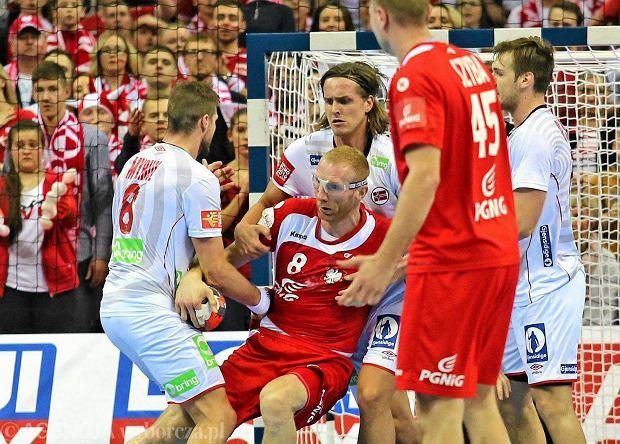 Karol Bielecki podczas meczu Polska - Norwegia