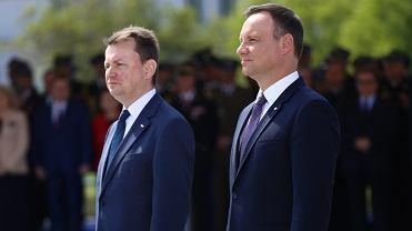 Szef MON Mariusz Błaszczak i prezydent Andrzej Duda