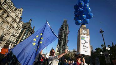 Brytyjczycy chcą ponownego referendum w sprawie brexitu