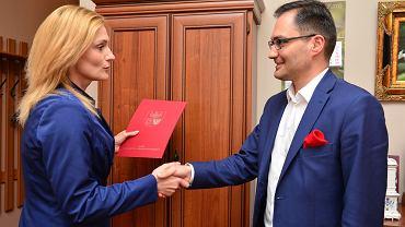 Sylwia Jaskulska z zarządu województwa i Michał Wiśniewski, przewodniczący rady nadzorczej WFOŚiGW w Olsztynie