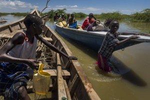 Afryka�skie �yciodajne jezioro w niebezpiecze�stwie
