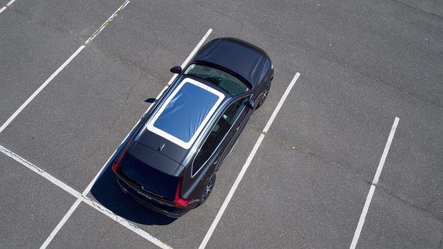 Specjalna wersja Volvo XC60 do... oglądania całkowitego zaćmienia słońca