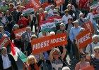 Węgrzy wybierają rząd. Faworytem partia Wiktora Orbána