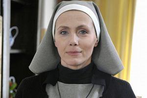 Agnieszka Wosińska wszystkim kojarzy się przede wszystkim z siostrą Dorotą z Klanu. Aktorka jednak działa także poza serialem. Ostatnio pojawiła się na salonach przy okazji premiery swojej sztuki Coming Out w Teatrze Dramatycznym.