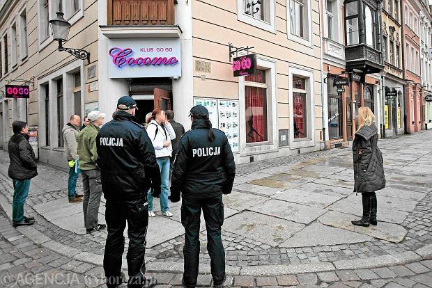 Prokuratura: Cocomo naci�ga�o klient�w na tysi�ce z�, ale prawa nie z�ama�o