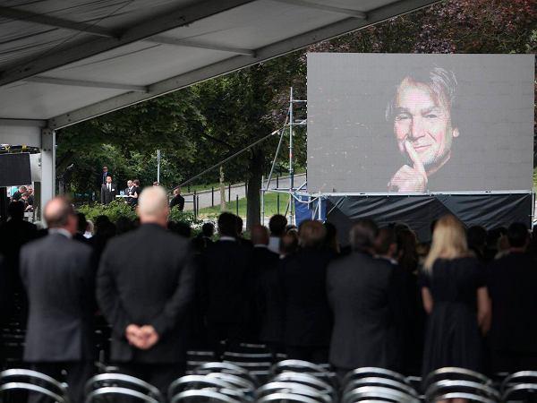 Pogrzeb Kulczyka. Księdzu podczas homilii drży głos: ''Jeśli 'niesprawiedliwość' ma jakiś sens...''