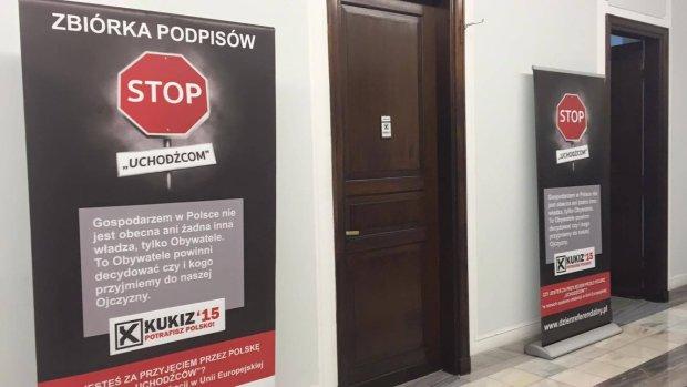 Kukiz'15 zaproponowa� projekt ws. uchod�c�w